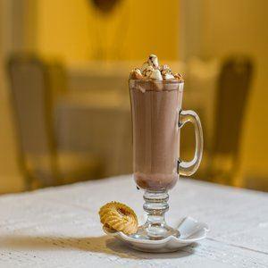 Hot Chocolate at Yaraví Cafe