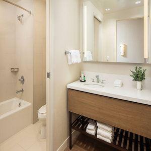 Ponto Suite - Bathroom