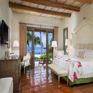 Luxury Villa - Master Bedroom