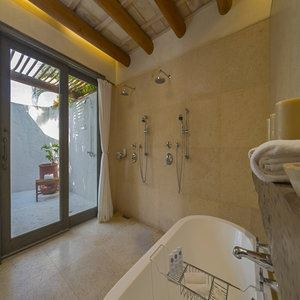 Three-Bedroom Luxury Villa - Bathroom