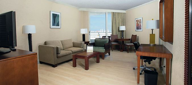 Suite Partial Oceanview
