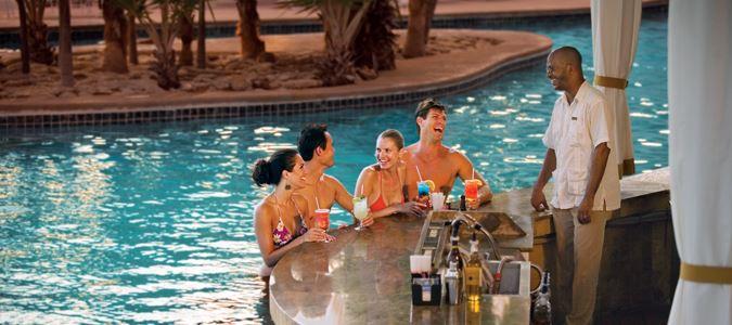 Ocean Suites Swim Up Bar