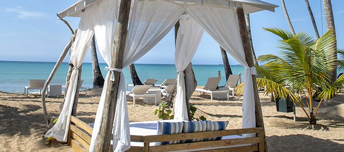 Beach and Bali Beds