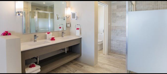 Two Bedroom Beachfront Luxury Suite Bathroom