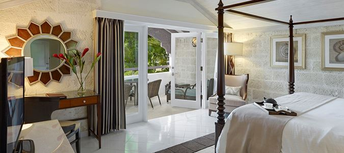 Luxury Poolside Guestroom