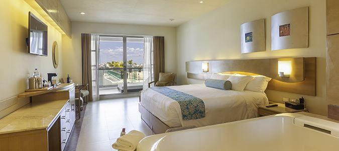 Deluxe Resortview Guestroom