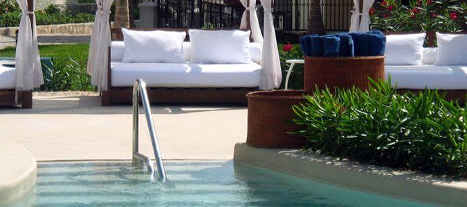 Poolside Bali Beds