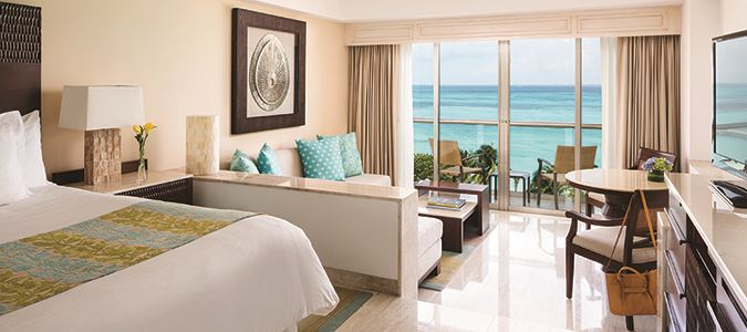 Oceanfront Junior Suite King