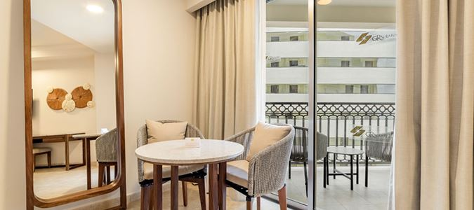 Luxury Oceanview Guestroom