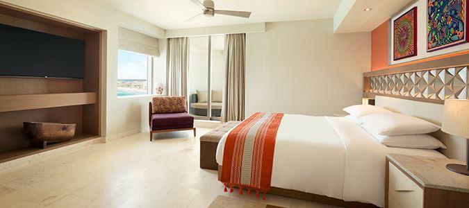 Club Oceanfront Master Suite