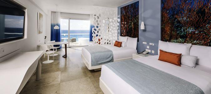 Junior Suite Oceanfront Star Prestige