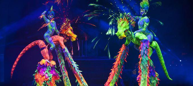 Red Circus: Aerial Acrobatics Show