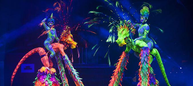 Red Circus: Acrobatics Dance Show