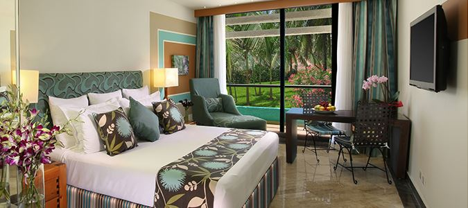Lagoon View Guestroom