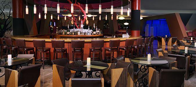 Fontainebleau Bar
