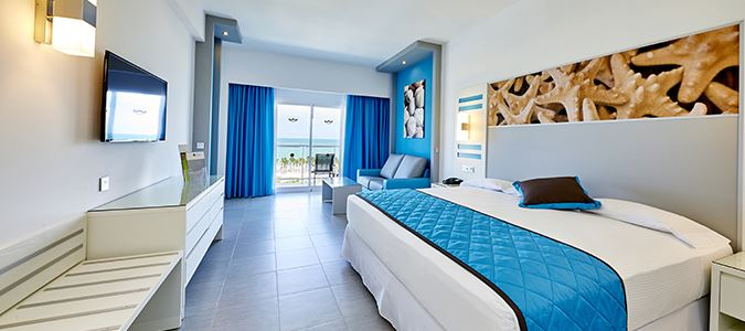 Standard Guestroom with Sea View