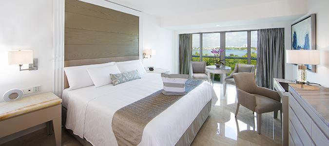 Royal Deluxe Resortview Guestroom