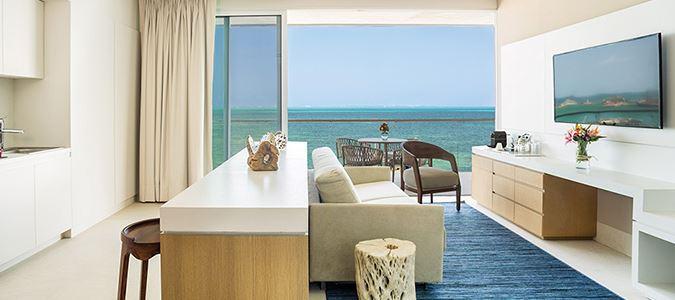 Sun Club Deluxe Oceanview Guestroom with Plunge Pool Rendering