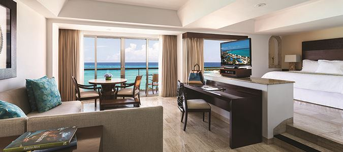 U Club Oceanfront Master Suite King
