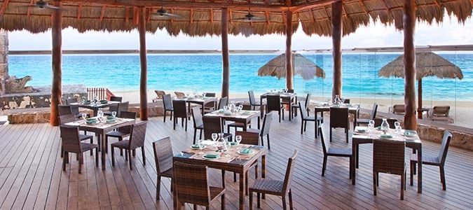 Sea and Stones Restaurant
