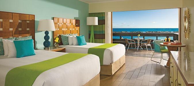 Premium Deluxe Oceanfront Guestroom