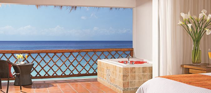 Suite Oceanview - Hot Tubs in Select Suites