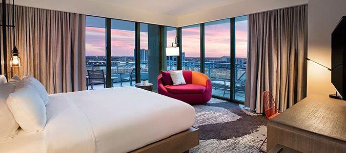 Deluxe Balcony Guestroom