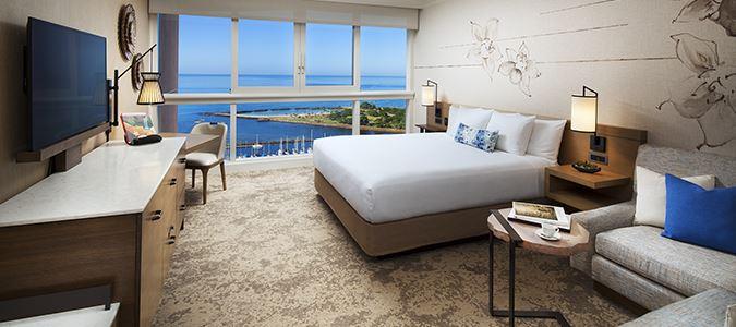 Oceanfront Premier Guestroom