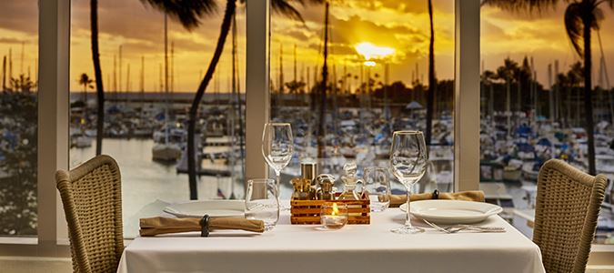100 Sails Restaurant and Bar