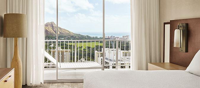 Diamond Head Oceanview Suite