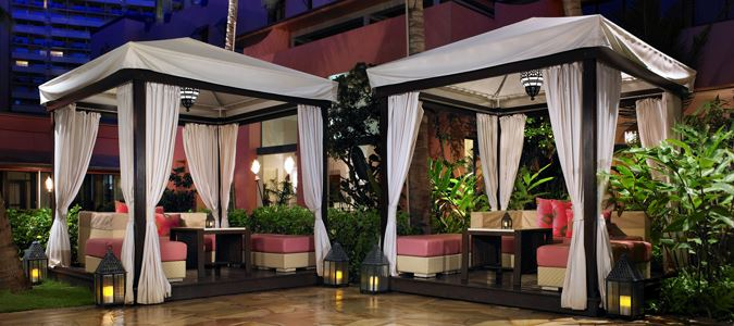 Mai Tai Bar Cabanas