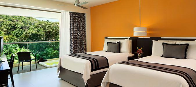 Deluxe Partial Oceanview Guestroom