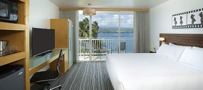 Oceanview Guestroom with Lanai
