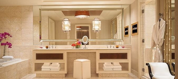 Encore Tower Suite Salon Bath