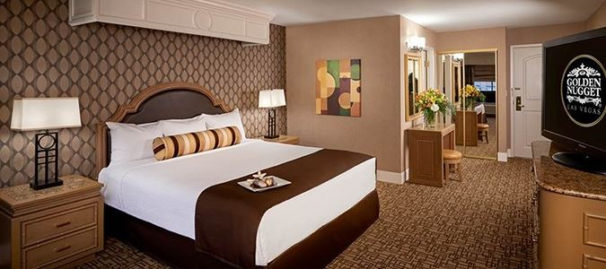 Carson Tower Guestroom