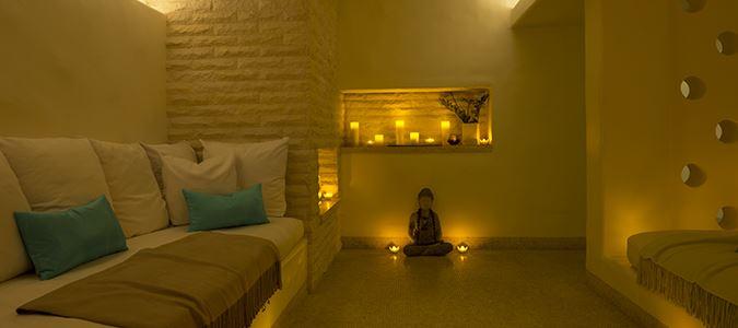 Exhale Spa Zen Lounge