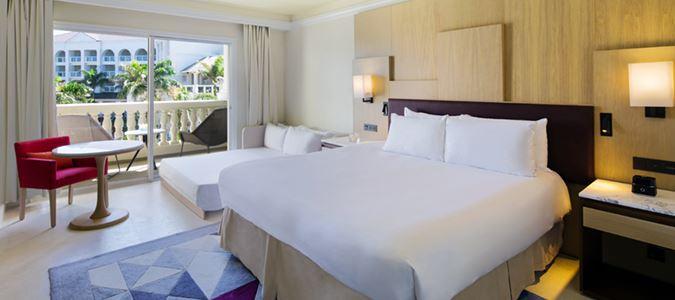 Deluxe Resort View King Guestroom