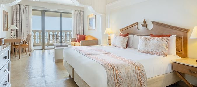 Junior Suite Oceanfront