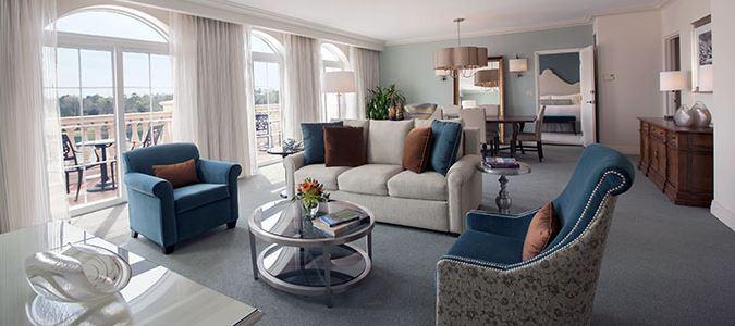 Villa Parlor Suite