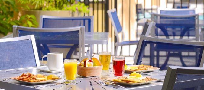 Breakfast Seating Outside