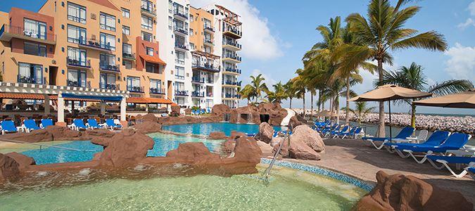 Las Iguanas Pool
