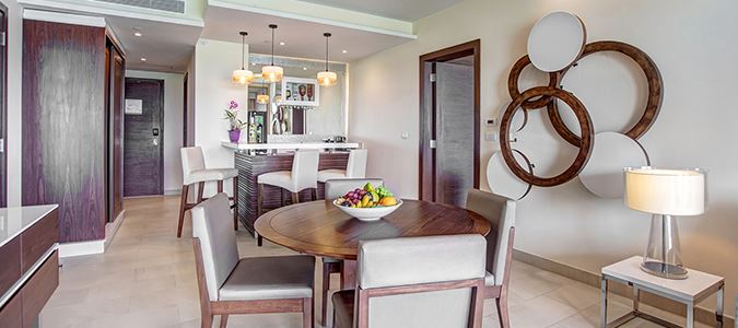 Luxury Presidential One Bedroom Suite Oceanview - Diamond Club