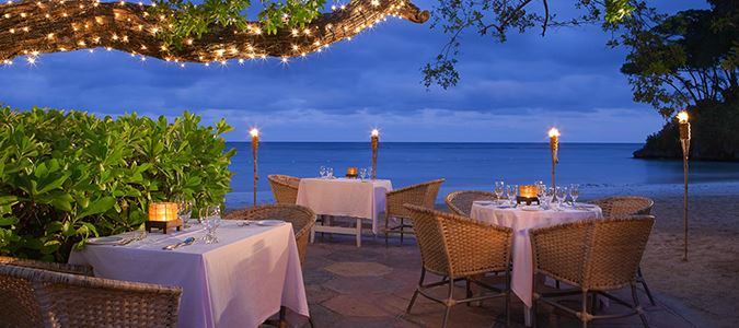 Beach Grill and Bella Vista Restaurant