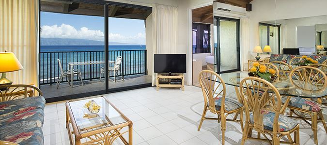 Three Bedroom Oceanfront Suite with Loft