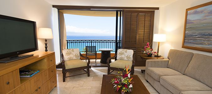 Lahaina Kai Tower Oceanfront Guestroom