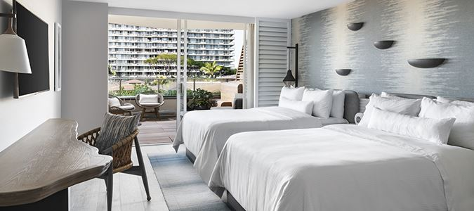 Luxury Oceanfront Guestroom Beach Tower