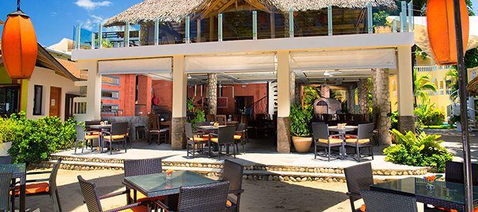 Serenade Restaurant, Bar and Lounge