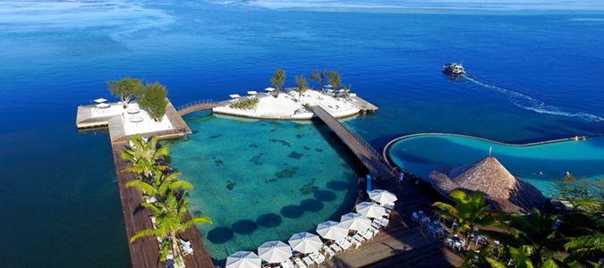 Lagoon, Beach and Infinity Pool