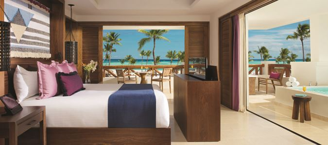 Preferred Club Master Suite Plunge Pool Oceanfront