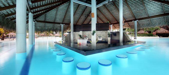 Boca Chica Swim Up Pool Bar